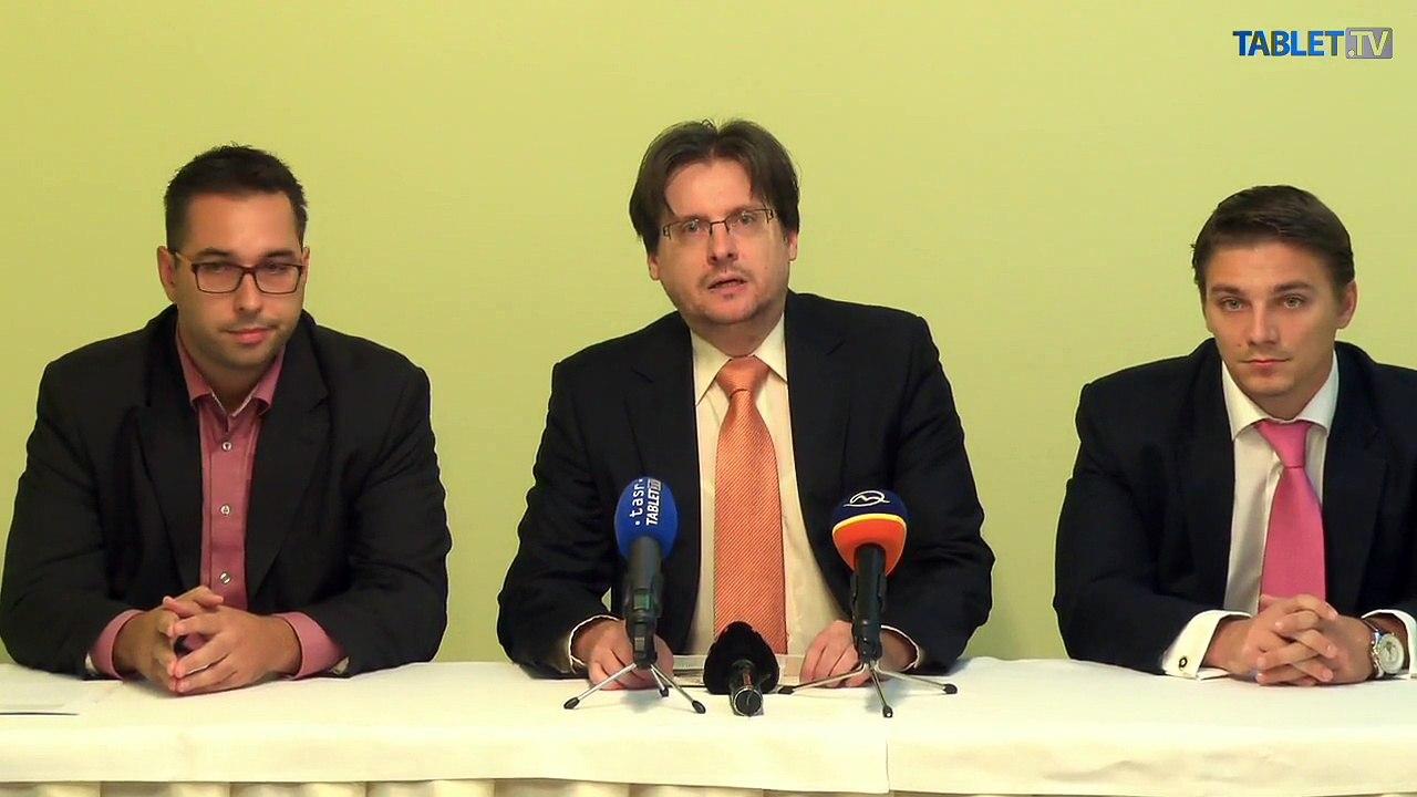 ZÁZNAM: M. Vetrák, I. Uhlár a P. Cmorej o parkovacej politike v Petržalke