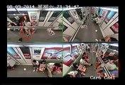 Shanghai : la folle réaction des passagers du métro après le malaise d'un passager
