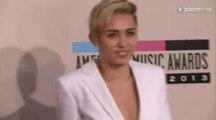 Miley Cyrus encore nue sur Instagram!