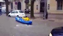 Inondations à Montpellier : il se déplace en kayak dans la rue !