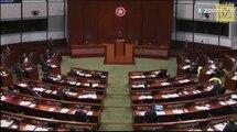 Coup d'éclat des élus pro-démocratie à Hong Kong !