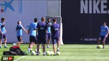Leo Messi vacila a Suárez pero el que lo paga es Neymar!