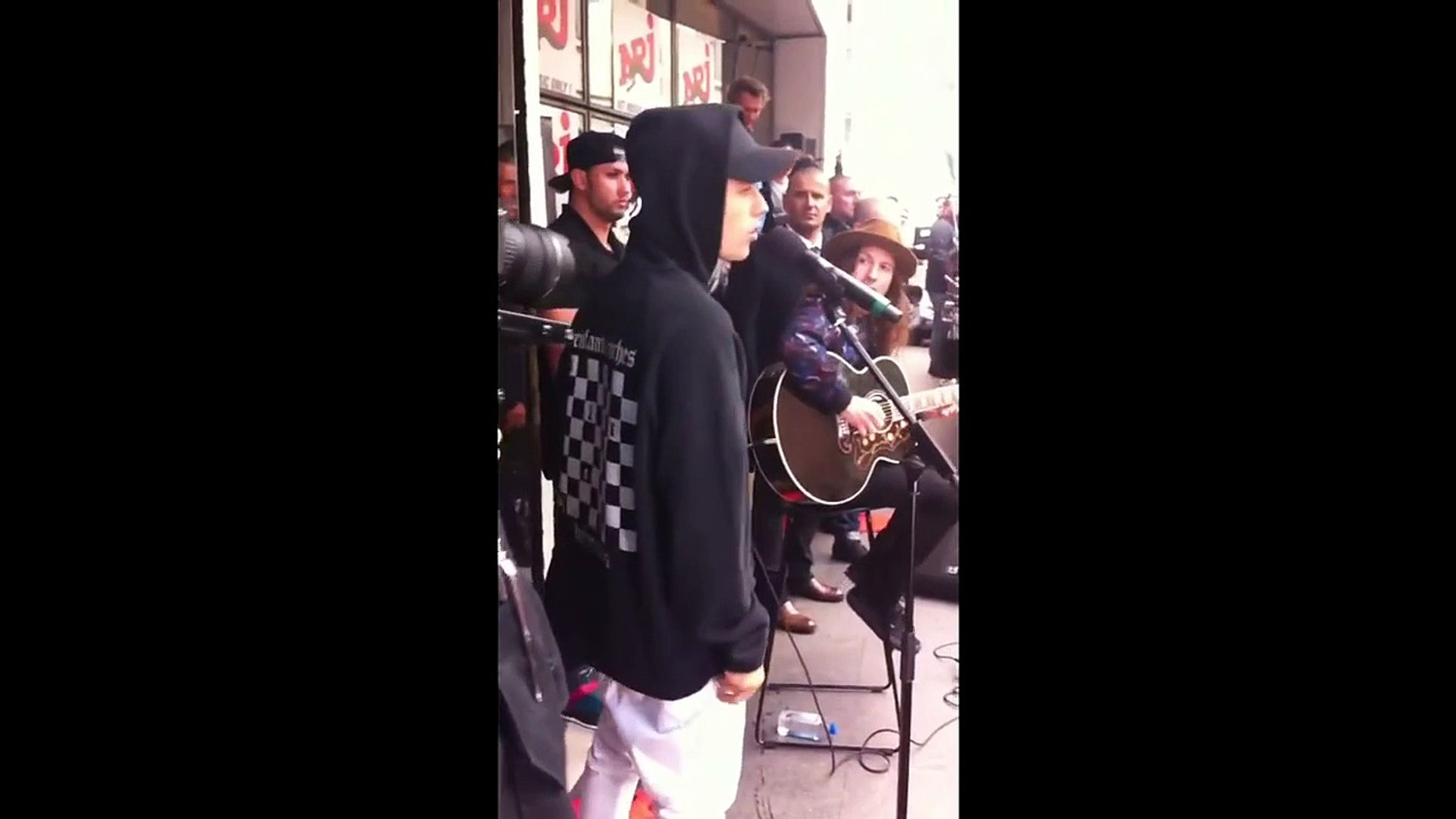 Justin Bieber singing What Do You Mean acoustically NRJ radio station Paris France September 16 2015