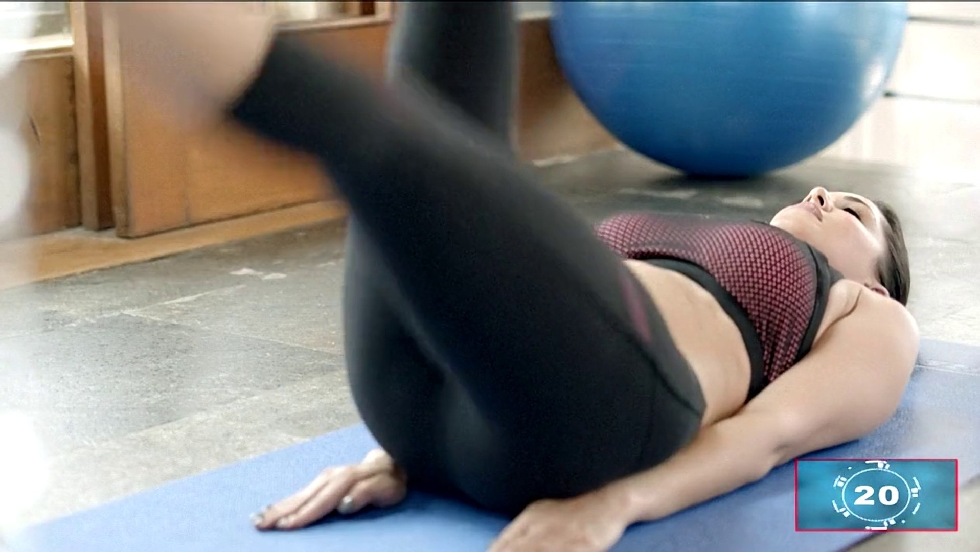 Super Hot Sunny Morning - Sunny Leone Full Workout 45 Mins HD Video