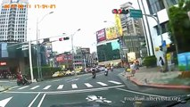 Driving in Asia - Car Accidents Compilation 2014 (9)
