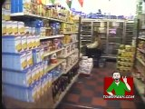 LiveLeak.com - Tom Green Goes to a Grocery Store