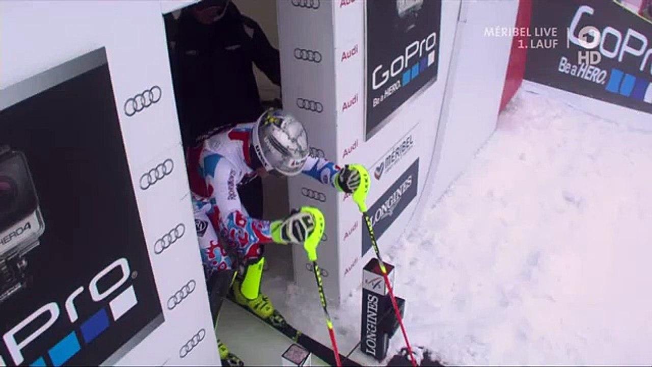 L'improbable chute de Julien Lizeroux au départ du slalom de Méribel - Vidéo Dailymotion