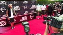 Exclu Vidéo : Amber Rose et Blac Chyna : bons baisers du BET Awards