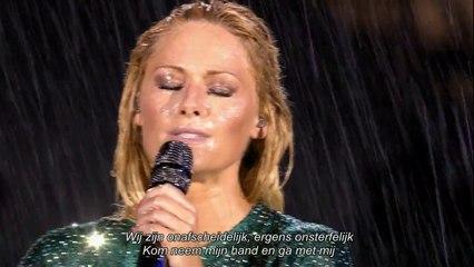 Helene Fischer Stadion Tournee Berlin 05.07.2015 Atemlos im Regen (Dutch Subtitles)