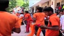 Kapoor Brothers Rishi, Randhir and Rajiv Kapoor Dancing Is Ganpati Visarjan