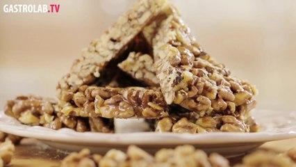 How to Make Gozinaki (Nuts Cooked with Honey)