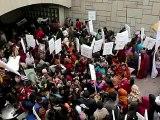Inde: les suspects du viol collectif d'une étudiante devant la justice