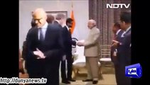 Microsoft CEO attempts to -clean- hands after handshake with Modi-.