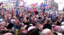 George Clooney soutient les Ukrainiens pro-européens