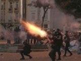 Riot police use tear gas, rubber bullets in Turkey