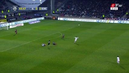Alexandre Lacazette 1:0   Lyon – Reims