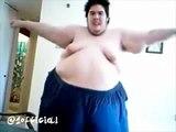OMG! SOOOOO FUNNY FAT PEOPLE DANCING LOL! FUNNIEST VIDEO EVER- wiglieys