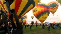 Etats-Unis : 500 montgolfières constellent le ciel d'Albuquerque