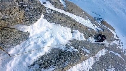 Goulotte des Allemands Triangle du Tacul Chamonix Mont-Blanc alpinisme