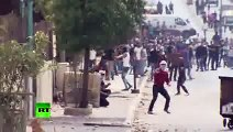 RAW_ West Bank violence flares, hundreds of Palestinians clash with Israeli forces