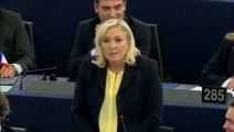 "Marine Le Pen traite Hollande de ""vice-chancelier"" de Merkel"