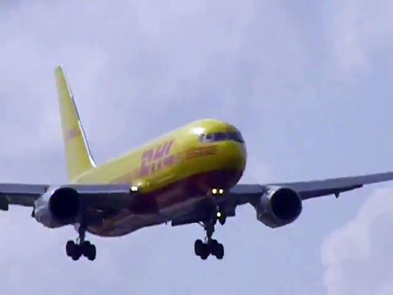 boeing 757 DHL crosswind landing on short runway miami.