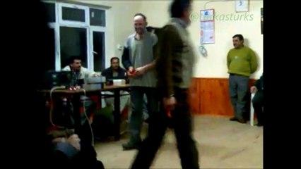 Yıldız Kaşık oyunu- Ali abimiz ve arkadaşı...