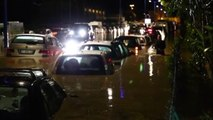 Au coeur des inondations ! - Zapping du Net du 9 octobre 2015