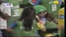actress b00bs press in cricket match -2015 leaked video
