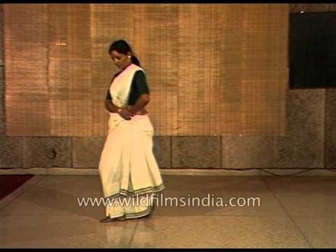 Footwork exercises of Mohiniattam by Bharati Shivaji