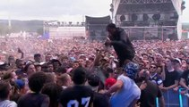 Hip-hop artist Travis Scott punches a fan who tried do steal his shoe... Insane moment