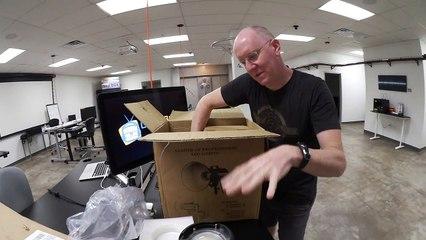 Unboxing: Fotodiox 100WA-56 LED Light