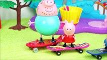 Pig George da Família Peppa Pig Caindo de Skate no Parque!! Em Português DisneyKidsToys