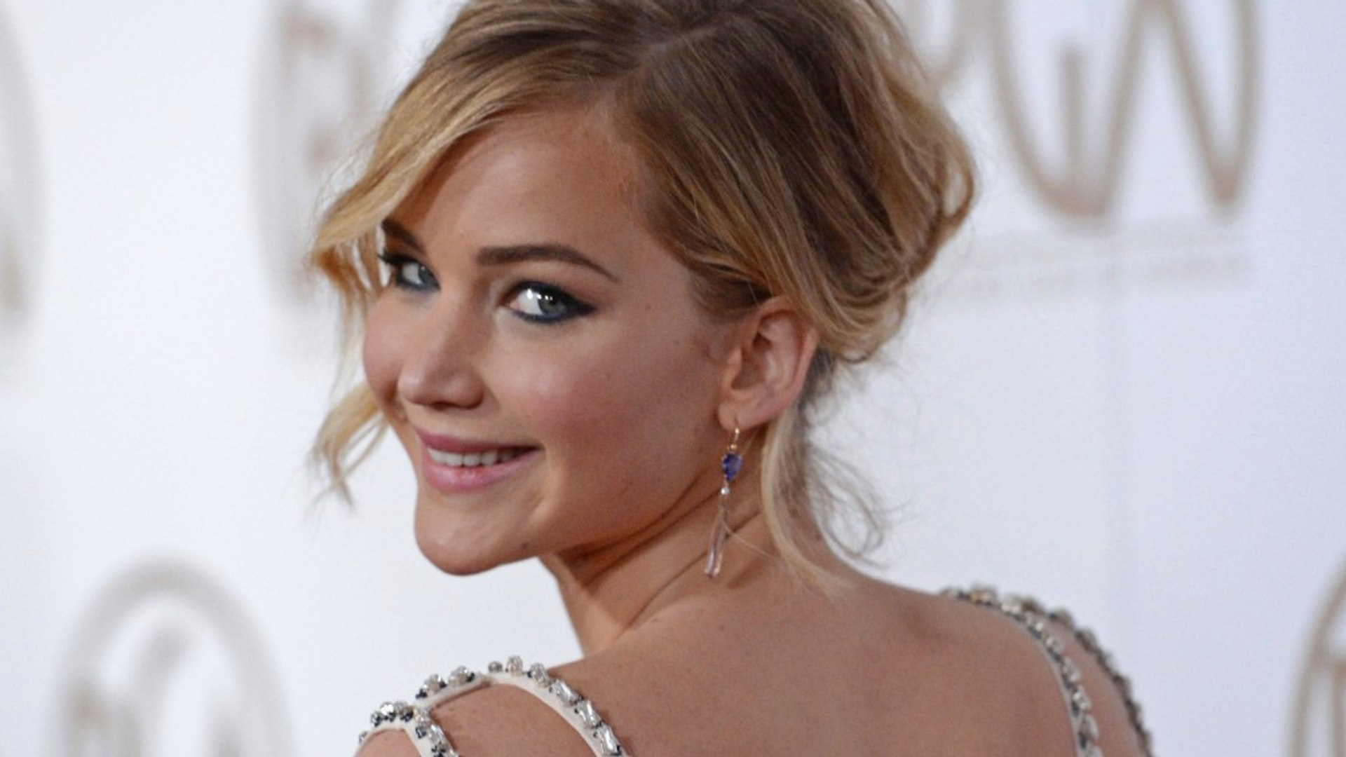 Jennifer Lawrence reignites discussion over wage inequality
