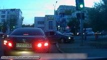 Ces crashs vont vous laisser sans voix : Compilation d'accidents de voitures