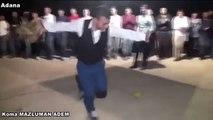 Feux de la jeunesse turque à la noce! Danse turque!