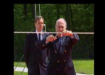 Sepp Blatter, le cadeau piégé offert à Platini