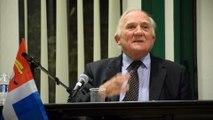 Charles Millon présente Avant-Garde à Saint-Malo