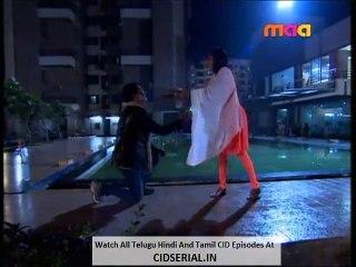 CID (Telugu) Episode 987 (13th - October - 2015) - Part 4 video