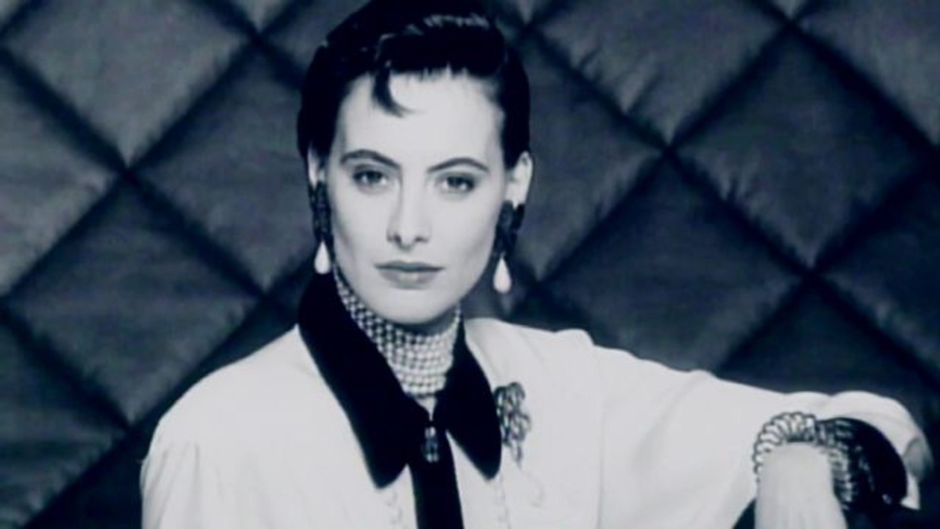 Throwback Thursdays with Tim Blanks - Inès de La Fressange: Onetime Face of Chanel and Karl Lagerfel
