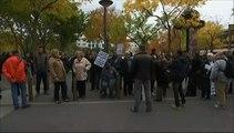 Seine-Saint-Denis : Hollande applaudi et hué dans un accueil électrique à La Courneuve