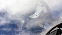 Un drone américain sous un avion de chasse russe
