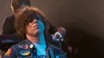 Ryan Adams Performs Welcome to New York