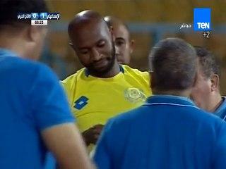 لحظة نزول شيكابالا في أول مباراة رسمية مع النادي الإسماعيلي