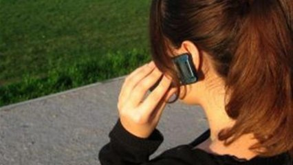 How To Handle Talking To A Girl On The Phone