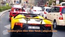 Lamborghini Alev Alev Yandı