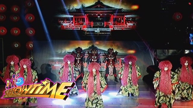 It's Showtime Halo Halloween: Dapit Hapon's Japanese-inspired performance