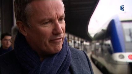 Nicolas Dupont-Aignan en visite à Amiens