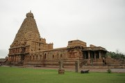 Tanjore Temple & Proof for Ancient Tamils were well connected to rest of the world
