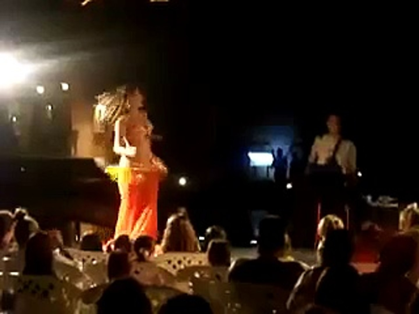 Egypt, cradle of belly dance : 1